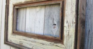 Rustic Antique Ivory Reclaimed Wood Frame. Empty Wood Frame. Rustic Wood Decor. Barn Wood Frame