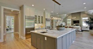 Oak Hardwood Flooring (Popular Types & Design Options)