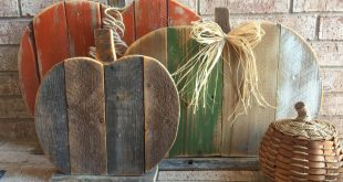 Rustic Wood Pumpkin - Set Of 3 Reclaimed Wood Pumpkins - Thanksgiving - Halloween -Cut Out Porch Sitter - only available through October 15