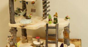 Hölzernes Waldorf Puppen Baumhaus mit Hängematte und Flaschenzug von Fall & Found www.fal...