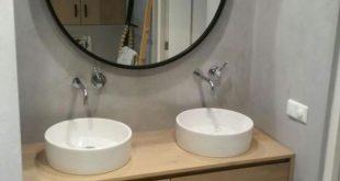 Jeder Badezimmerschrank aus Eichenholz aus unserer Lavello LIV-Kollektion ist in einer gewünschten Größe und mit unterschiedlichen Waschtischen erh