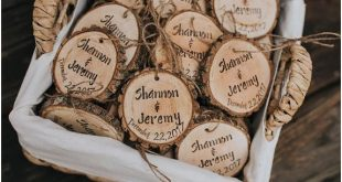 Personalized wedding favors, engraved wedding favors, rustic wood slices, rustic...
