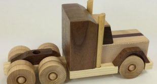 Wood Tractor Trailer - Handmade wood toy, Peterbilt truck style, maple, walnut - TT011