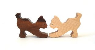 Wooden Cats 8 Piece Waldorf Wood Toy Cat Kitten Family Cat Decoration Cat Figurines